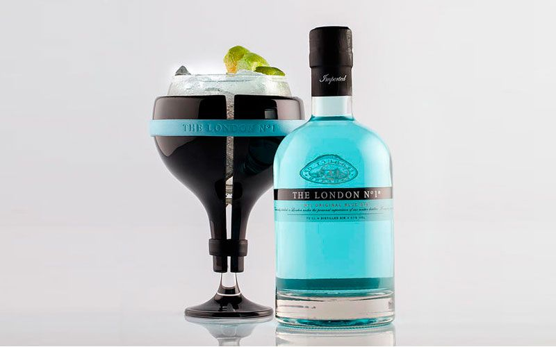 The London Ritual es la idea desarrollada por el estudio Ciszac Dalmas para la marca de ginebra inglesa The London nº1.